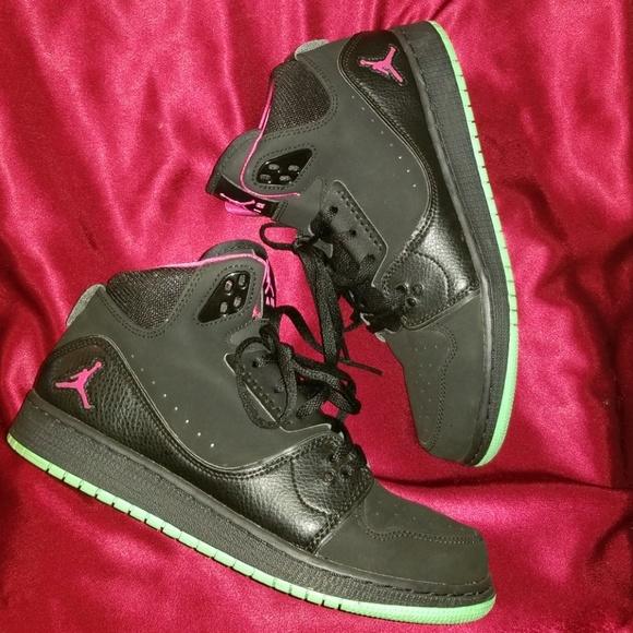3b0206f667f8 Nike Air Jordan 1 Flight 2 Black Pink Green Shoes.  M 5bde08fa34a4ef29fa8c7006